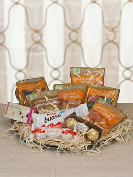 Snack & Gift Hampers: Dried Fruit and Chocolate Hamper
