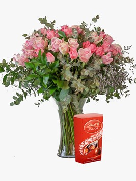 Arrangements: Pink Rose Vase with Lindt Lindor